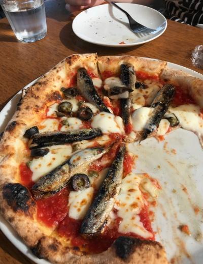 イワシのピザ